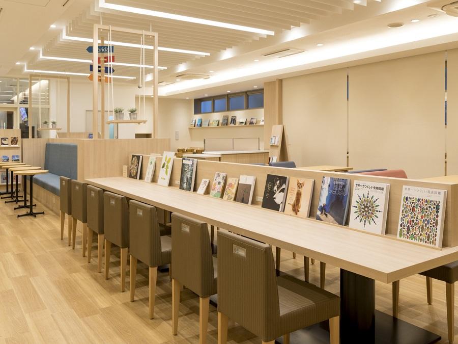 コンフォートホテル宮崎 Comfort Library Cafe